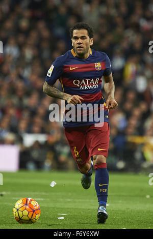 Madrid, Spain. 21st Nov, 2015. Daniel Alves (defender, F.C. Barcelona) in action during La Liga match between Real - Stock Photo