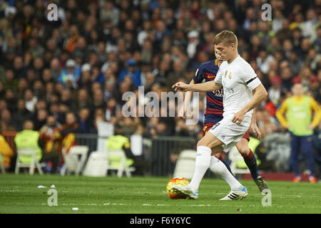 Madrid, Spain. 21st Nov, 2015. Toni Kroos (midfielder, Real Madrid F.C.) in action during La Liga match between - Stock Photo