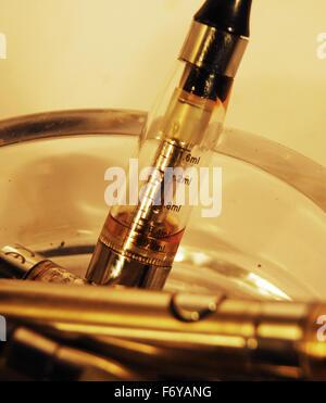 vape,vapouriser,smoking,herbal,ecig,e cigarettte,glass,ashtray - Stock Photo