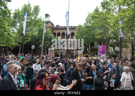 Sydney, Australia. 22nd November 2015. Pictured: Counter-protesters are encouraged to take a photo of the rally - Stock Photo