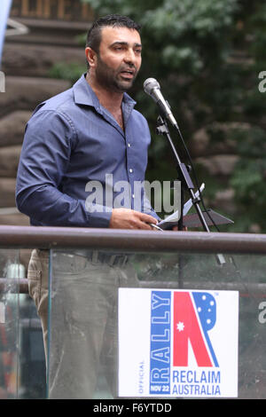 Sydney, Australia. 22nd November 2015. Pictured: An Iraqi Christian man speaks at the Reclaim Australia rally. A - Stock Photo