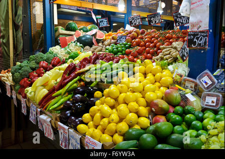Fruits and vegetables on display in Central Market Hall, Budapest, Hungary. - Stock Photo