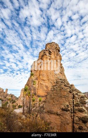 Rock formation under cirrus clouds in Sierra de Organos National Park, Zacatecas, Mexico. - Stock Photo
