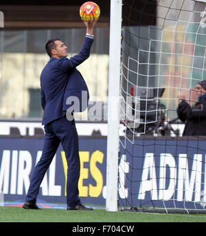 Udine, Italy. 22nd November, 2015. Referee Marco Di Bello during the Italian Serie A football match between Udinese - Stock Photo