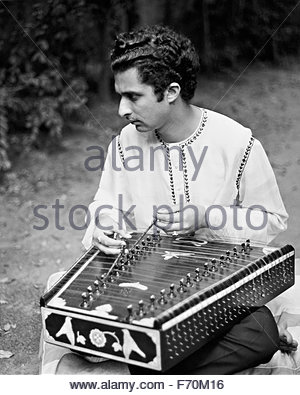 Santour maestro Pandit Shivkumar Sharma, Los Angeles, 1968, photographed while on tour with Ravi Shankar's Festival - Stock Photo