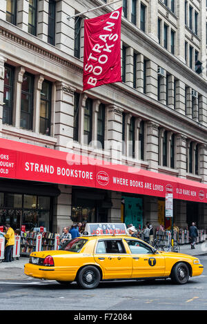 new york city strand bookstore broadway and 12th street 18 miles stock photo royalty free. Black Bedroom Furniture Sets. Home Design Ideas