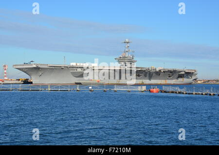 US Naval aircraft carrier CVN-75, USS Harry Truman between deployments in 2015 at the Norfolk Naval Ship Yard - Stock Photo