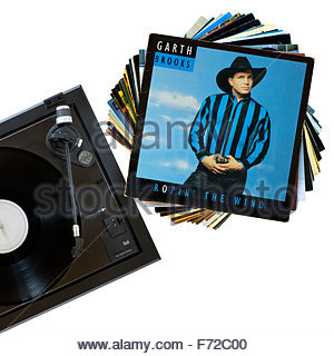 Garth Brooks 1991 3rd album Ropin' the Wind, record player and album, England - Stock Photo