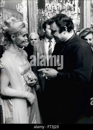 1968 - At the occasion of the beginning of the film ''Waterloo'' a great reception was held at the De laurentiis - Stock Photo