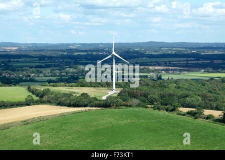 Wind turbine near Glyndebourne, East Sussex. - Stock Photo