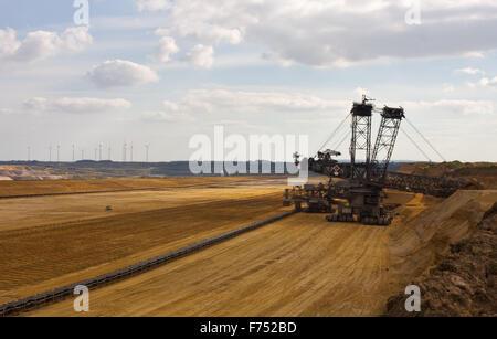 Giant bucket wheel excavator - Stock Photo