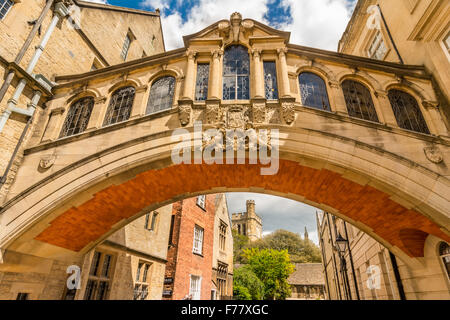 Hertford Bridge, popularly known as the Bridge of Sighs, is a skyway joining two parts of Hertford College over - Stock Photo