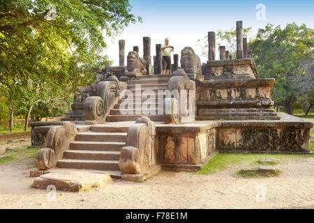 Sri Lanka - ruins of ancient royal residence, Polonnaruwa, Ancient City area, UNESCO - Stock Photo