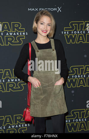 London, UK. 26 November 2015. Guests arrive for the Star Wars Fashion Finds The Force event in support of Great - Stock Photo