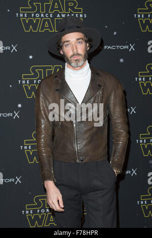 London, UK. 26 November 2015. Celebrities arrive for the Star Wars Fashion Finds The Force event in support of Great - Stock Photo