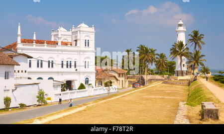 Sri Lanka - Galle, lighthouse and mosque at the Old Town, Unesco - Stock Photo