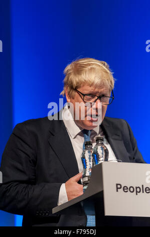 London, UK.  26 November 2015.  Mayor of London, Boris Johnson, speaks at People's Question Time, at the Beck Theatre, - Stock Photo