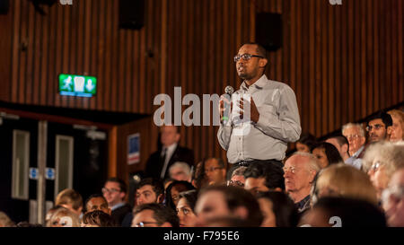 London, UK.  26 November 2015.  A member of the public asks a question during People's Question Time, at the Beck - Stock Photo