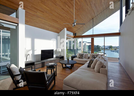 Interior of family room in a house in Cove Way Sentosa, Singapore, designed by Robert Greg Shand Architects - Stock Photo
