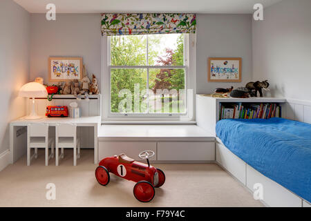 ... Childrensu0027 Bedroom In Modern Family Home, London 2012, Design By De  Rosee Sa