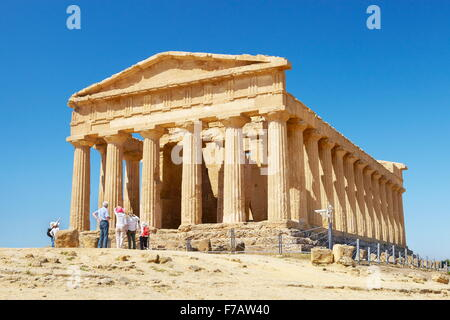 Agrigento - Temple of Concordia, Valley of Temples (Valle dei Templi), Agrigento, Sicily, Italy UNESCO - Stock Photo