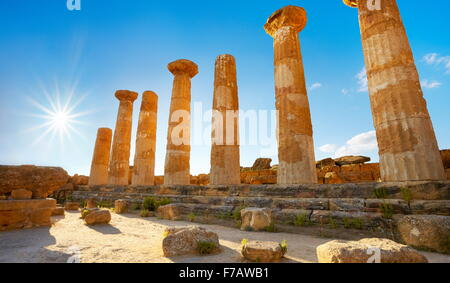 Valley of Temples,  Temple of Hercules (Tempio di Eracle) Agrigento, Sicily, Italy UNESCO - Stock Photo