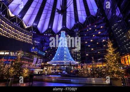the cinema cinestar in the sony center at night germany berlin stock photo royalty free image. Black Bedroom Furniture Sets. Home Design Ideas