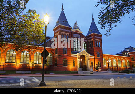 Arts and Industries building, Smithsonian Institution in Washington DC. Formerly the National Museum. - Stock Photo