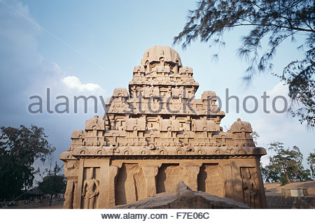 Stone temple structure at Mahabalipuram (Marmalapuram)on the Coromandel Coast of Tamil Nadu, India. - Stock Photo