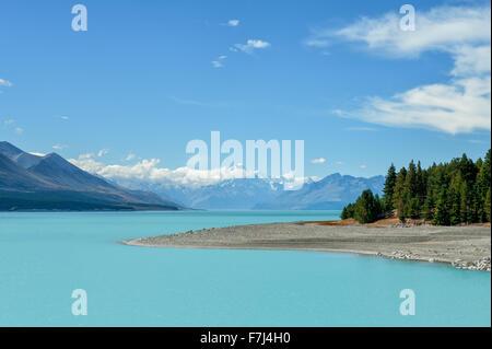 Lake Pukaki and Mount Cook, South Island, New Zealand - Stock Photo