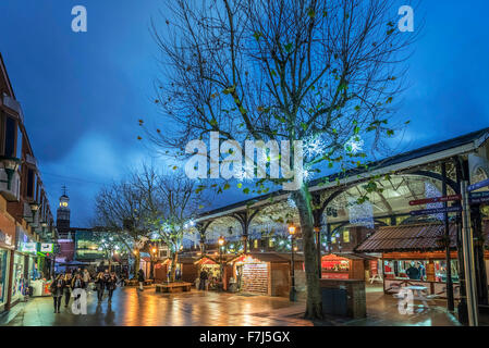 Warrington town centre christmas lights and decorations. Golden Square and the old fishmarket. - Stock Photo