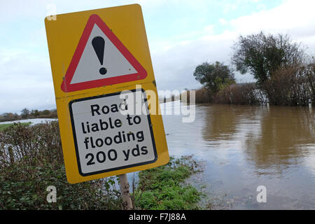 Near Letton, Herefordshire, UK. 1st December 2015. The main A438 road between Hereford and  Hay-on-Wye is closed - Stock Photo