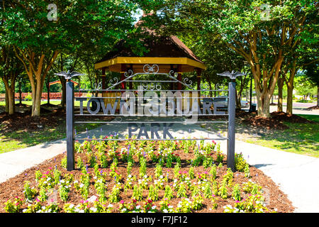 Town Square Park entrance signage in Hattiesburg, Mississippi - Stock Photo