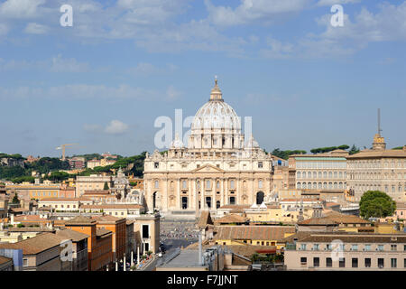 italy, rome, st peter's basilica seen from castel sant'angelo - Stock Photo
