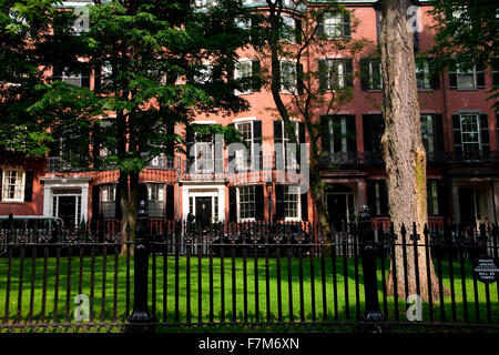 Historic homes of Beacon Hill, Boston, MA - Stock Photo