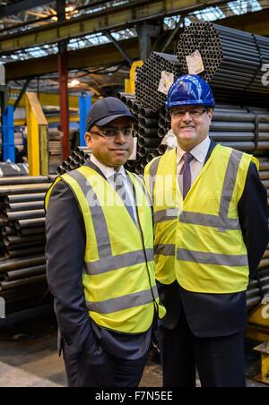Caparo Tubular Solutions, Oldbury, West Midlands. 1st December 2015. Sanjeev Gupta CEO Liberty House and Douglas - Stock Photo
