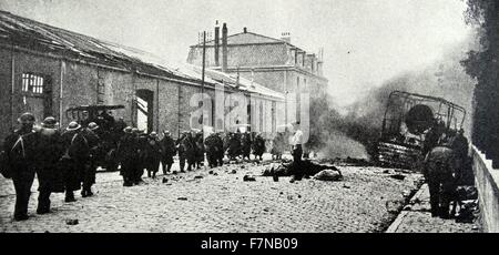Photograph of an evacuation of the streets of Dunkirk. Dated 1941 - Stock Photo