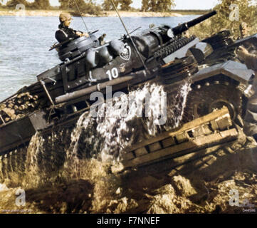 German world war Two Panzer mark III tank, crossing a river on the eastern Front 1941 - Stock Photo