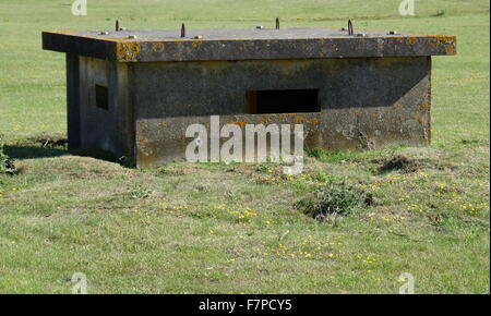 A disused bunker at RAF Upper Heyford, a Royal Air Force station located 5 miles away from Bicester. First used - Stock Photo