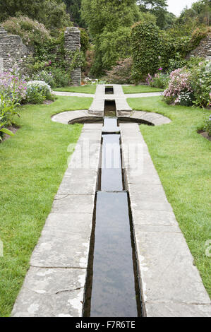 The Rill Garden at at Coleton Fishacre, Devon.  The hard landscaping was designed by Oswald Milne, orignally planted - Stock Photo