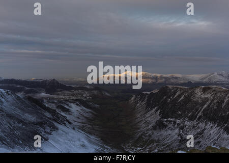 On top of Dale Head looking down Newlands Valley towards Catbells, Cumbria. - Stock Photo