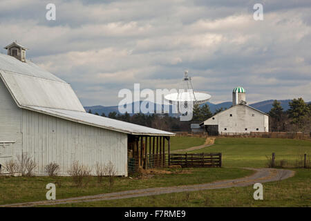 Green Bank, West Virginia - The National Radio Astronomy Observatory's Green Bank Telescope near farms. - Stock Photo