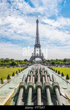 Eiffel Tower, Tour Eiffel, Trocadero, the Trocadero gardens, Paris, Ile-de-France, France - Stock Photo