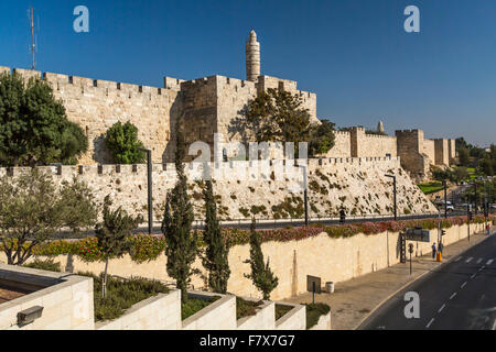 The Jaffa Gate and the southern walls of the old city of Jerusalem, Israel, Middle East. - Stock Photo