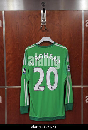 Sergio Romero green shirt in MUFC dressing room, Old Trafford - Stock Photo