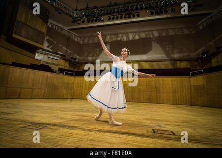Croydon, London, United Kingdom, 3rd December 2015. Anastasia Chava from the Saint Petersburg Classic Ballet rehearse - Stock Photo