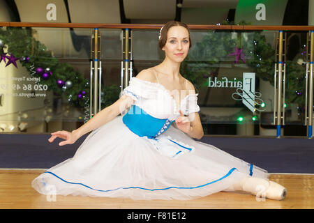 Croydon, London, United Kingdom, 3rd December 2015. L/R Anastasia Chava from the Saint Petersburg Classic Ballet - Stock Photo