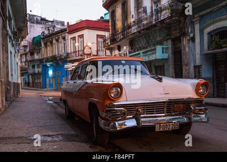 Early one morning in Centro Havana - Stock Photo