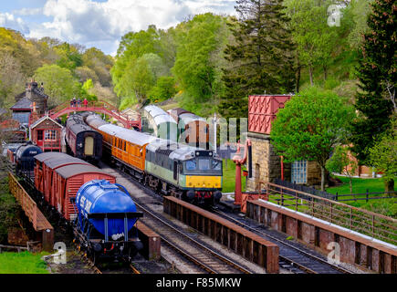 D7628 train at goathland station on the NYMR Yorkshire - Stock Photo
