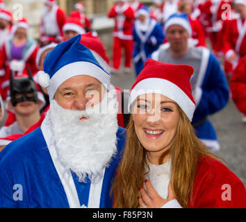 Liverpool, Merseyside, UK  6th December, 2015. A very happy Brian Kempson after his girlfriend, Leila Kelley from - Stock Photo